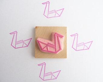 Tampon en gomme, motif cygne origami, gravé à la main