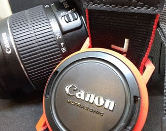 Lens Cap Holder for DSLR camera caps 37-98mm in size and in a range of colours. Fully customisable. FREE UK Delivery