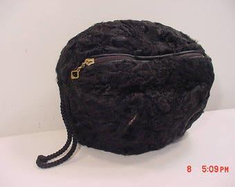 Vintage Black Faux Fur Hand Warner Muff With Metal Zippered Pocket  17 - 1282