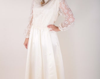 Vintage Wedding Dress, Plus Size, Lace Sleeves, Buttons Up the Back, Cream Colored, Large, XL, Bridal Dress ~ Boom Thang Vintage ~ 170223