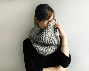 Chunky Knit Cowl // Chunky Knit Scarf // Knitted Cowl // Grey Scarf