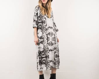 AMAZING Vintage White and Black Kaleidoscope Pattern Maxi Dress / S / hipster kaftan nature mirrored pattern linen cotten