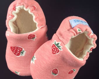 Baby Shoes, Baby Slippers, baby shower gift, baby girl slippers, strawberry baby booties, soft sole baby, baby crib shoes, baby mocs