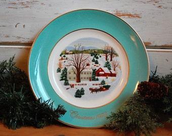 Vintage Christmas Plate, Vintage Avon Plate, Avon Christmas Plate, Christmas Collectible Plate, Christmas Decor, Christmas Gift,