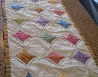 Cathedral Window Table Runner