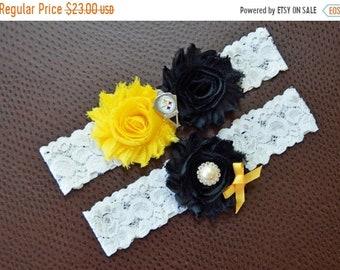 ON SALE Pittsburgh Steelers Wedding Garter Set, Steelers Garter, Pittsburgh Steelers Bridal Garter, Football Garter, White Lace Garter