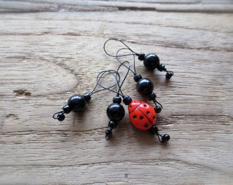 knitting markers / ladybug / stitch markers / accessory gift / row counter tool / snag free stitchmarkers / popular knitter gift tool