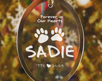 Engraved Pet Memorial Ornament, personalized ornament, sympathy, ornament, pet, christmas, pet memorial, glass, paw print  -gfy824794