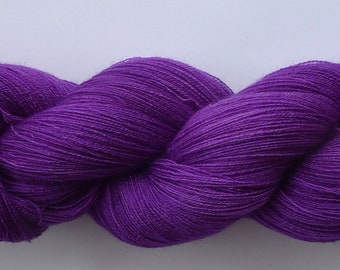 Baby PHX--Red Violet 52/2 merino/cashmere/silk 1300 meters OOK