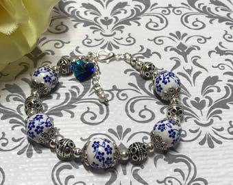Porcelain flower bracelet