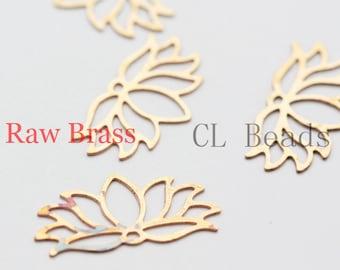 30pcs Raw Brass Filigree Pendants - Lotus 20x10mm (267C-U-80)