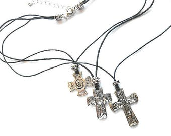 TRINITY CROSS Necklace, Three Crosses Three Strands Silver Crosses Necklace, NOS New Old Stock Silvertone Three Cross Necklace, Etched Cross