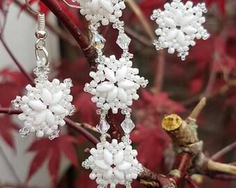Snowflake Bracelet & Earrings  (A Beginner to Intermediate Level E-Tutorial/Pattern)