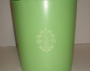 Tupperware Canister.  Lime Green Tupperware Canister.  Scroll Design.  805-13