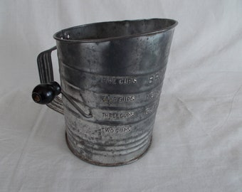 Vintage Five Cup Bromwell's Flour Sifter