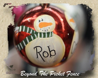 Personalised ~ Hand painted Snowman ~ Christmas Bauble Ornament ~ Shatterproof Ball ~ Tree Decoration
