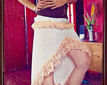 Skirt style pirate, Gypsy with lace