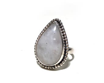 Teardrop moonstone // 925 silver ring