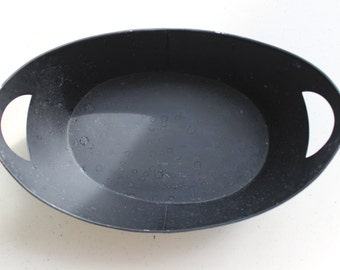Black Painted Oval Tin Tray