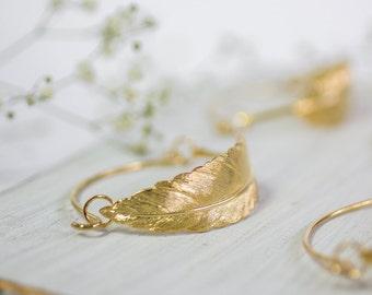 Gold Wedding Bracelet, Feather Bracelet, Bridal Accessories, Boho Wedding, Bohemian Bracelet, Boho Wedding Jewelry, Feather Bangle, Wedding