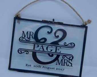 Mr & Mrs glass frame 7x5