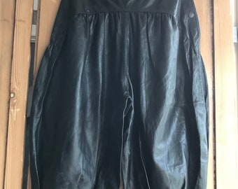 Vintage Italian leather knickerbockers pedal pushers cropped trousers size M UK 12