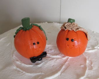 Pumpkin Bride & Groom Wedding Cake Topper, Pumpkin Wedding Cake Topper, Fall in Love, Funny Pumpkins Cake Topper, Fall Wedding Cake Topper