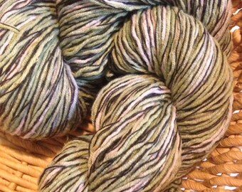Juniper - hand dyed recycled yarn, machine washable vegan blend from recycled sweater 110 gr 288 yards
