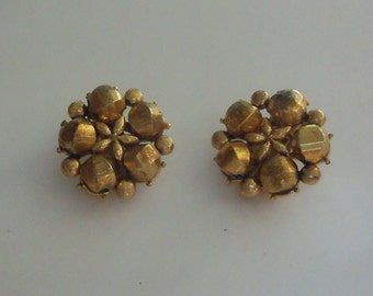 Mid-Century Cluster Earrings - Gold on Gold Floral Theme