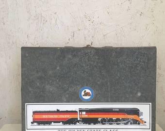 Vintage Galvanized Case Train Case Galvanized Container Metal Briefcase