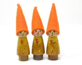 Fall Gnome, single Fall gnome, four seasons gnomes, waldorf gnome, gnome toy, nature table gnome, gnome toy, gnome gift, handmade wooden toy