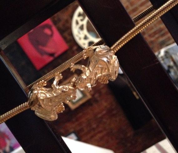 Vintage 70's  froggie clasp goldstone snake chain disco belt