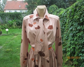 Dress Vintage / A Line Skirt / Size EUR 42 / 44 / UK14 / 16 / Beige / Rosebrown Dress / Elastic Waist Dress / Dress Midi / Orange / Brown