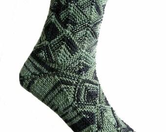 Märchenhafte Socken Grün/Schwarz, Größe EU 37/38 UK 5/6 US 7/8