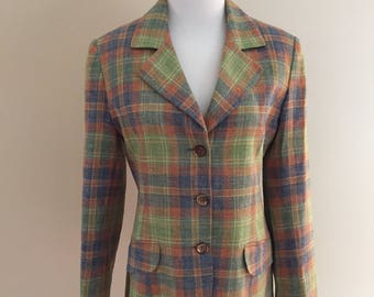 Made in France Late 1970s Vintage Pastel Plaid Fitted Blazer