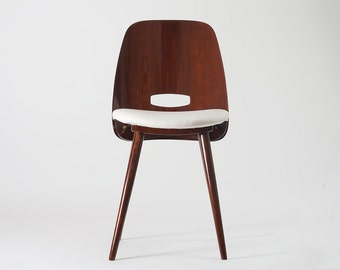 Tatra II. – Functionalist / MCM dining chair set from 1963