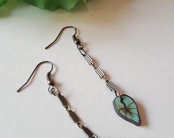 Dangle Leaf chain earrings