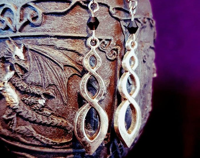 Entwined Infinity Earrings - goth gothic celtic elegant knot
