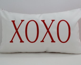 VALENTINE'S DAY pillow cover | XOXO | Valentine Decor | Sunbrella Cover | Valentine Gift | Valentine Decoration | |Embroidered Pillow Cover
