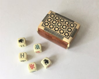 Vintage Poker Dice in Inlaid Box, French Poker Dice, Set of Five Dice, Dice With International Markings, Man Cave Decor, Vintage Gaming