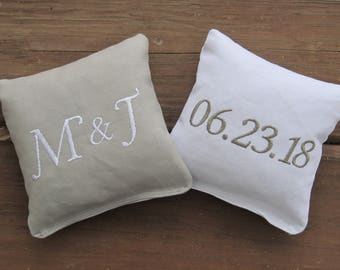 Personalized Wedding Cornhole Game Bags - Couple's Initials & Wedding Date - Set of 8 Shown in Grey and White- Great Gift!!