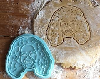 Oprah Winfrey cookie cutter. Oprah face cookie stamp. Party cookies.