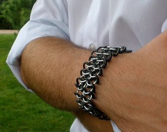 Pinion Cuff - Choice of Colors - Narrow Unisex Aluminum & Rubber Chainmaille Stretch Bracelet - Chainmaille Jewelry - Punk Rock Jewelry