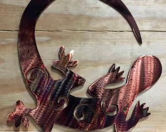 Tail Chasing Gecko Metal Wall Art