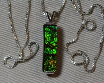 """Green Dragon Scale Ammolite Bar Pendant 20x6mm With 16"""" Necklace"""