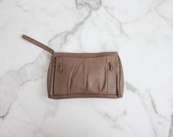 brown leather clutch | clutch bag | leather clutch purse