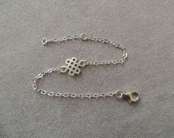 Silver bracelet solid endless knot