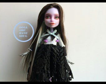 Spring Melody of Sandra{ Twyla Monster High OOAK }