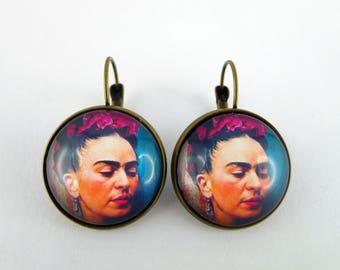 """Boucles d'oreilles dormeuses """"Frida khalo à fleur"""" en bronze"""