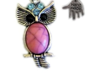 pink stone, Silver owl necklace, pink, silver necklace, necklace, pink pendant, antique owl, owl pendant, crystal, stone, silver, pink, UK
